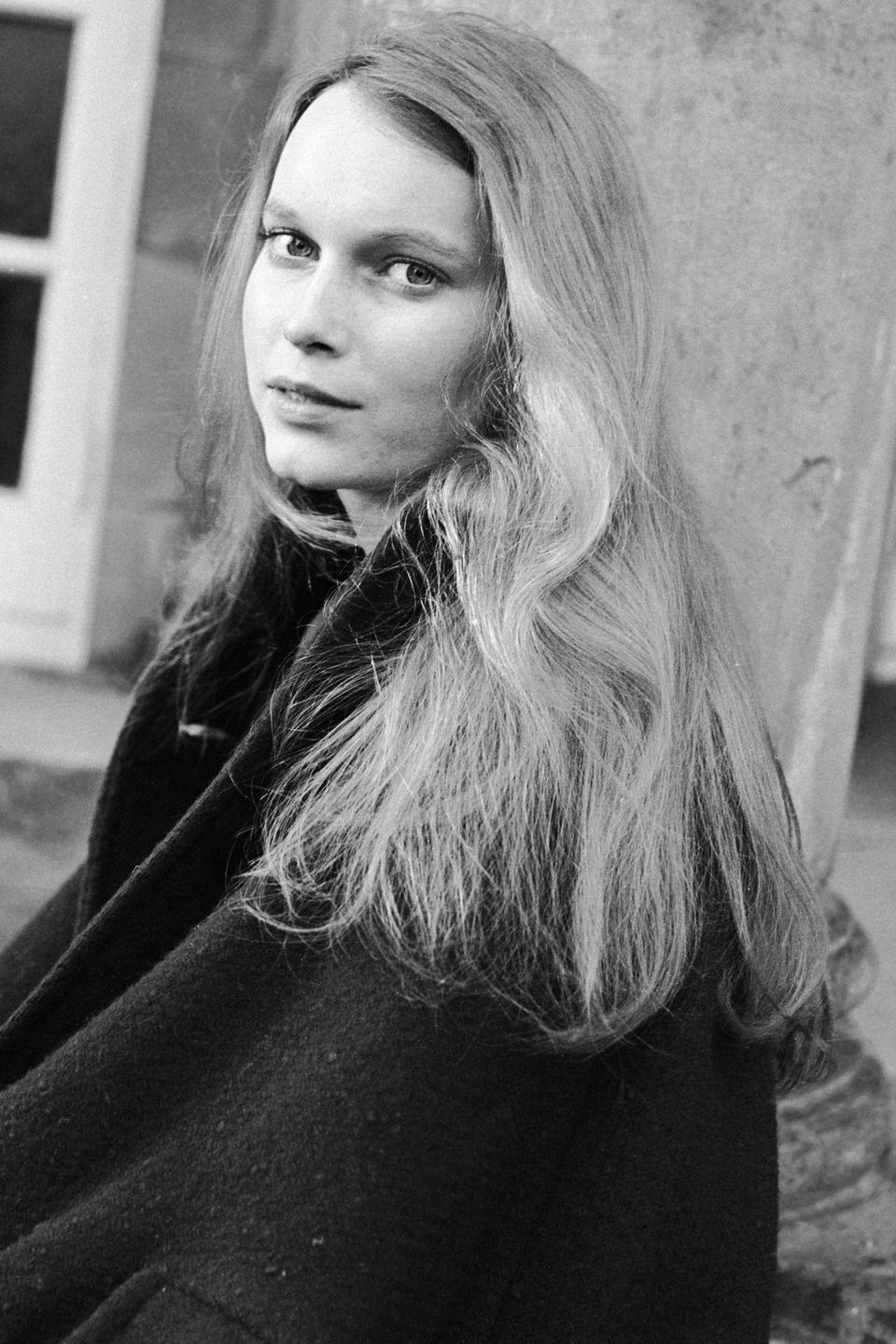 <p>While <em>Peyton Place </em>raised Farrow's profile, the actress was eager to break into film. In 1964, she landed her first starring movie role in <em>Guns at Batasi. </em></p>