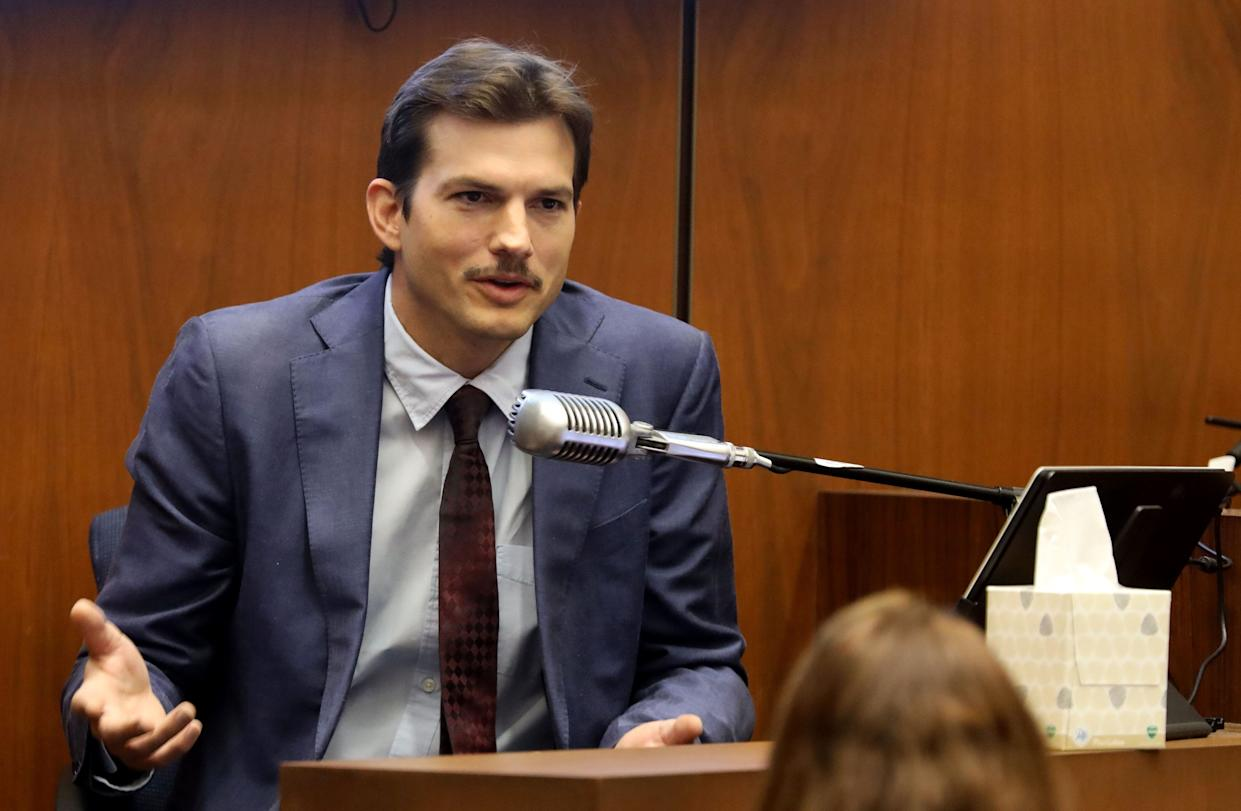 """Ashton Kutcher testifies in court in Los Angeles on May 29, 2019, during the trial of People v Michael Thomas Gargiulo, also known as """"The Hollywood Ripper."""" (Photo: Frederick M. BROWN / POOL / AFP)"""