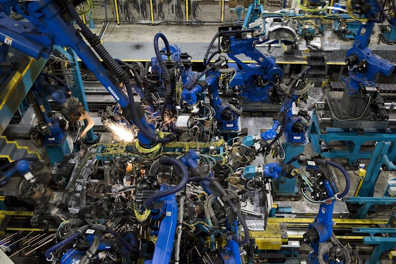 Detroit Carmakers Close Plants While Musk Keeps Tesla Open