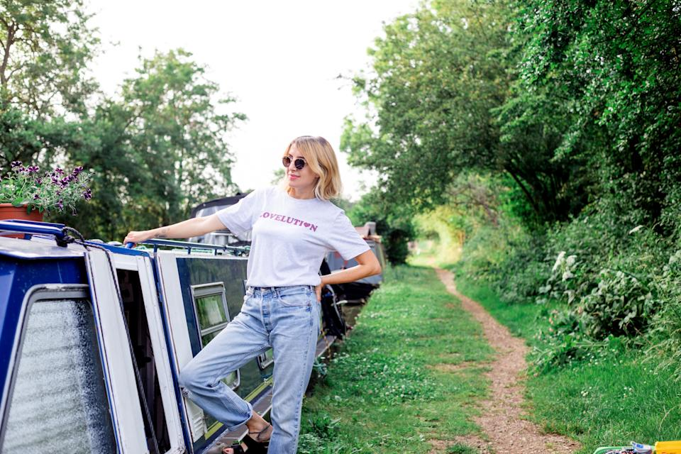 Hannah Bodsworth now lives off grid on the narrowboat with her son George. (@narrowboatmama/Caters)