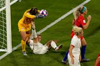 (L-R) Alyssa Naeher of USA Women, Ellen White of England Women during the World Cup Women match between England v USA at the Stade de Lyon on July 2, 2019 in Lyon, France. (Photo by Geert van Erven/Soccrates/Getty Images)