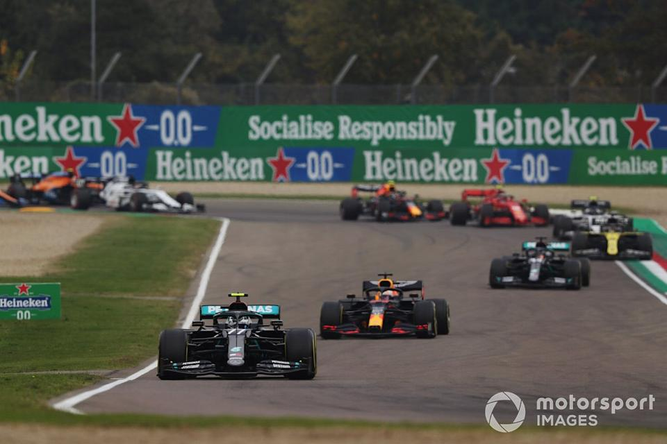 "Valtteri Bottas, Mercedes F1 W11, Max Verstappen, Red Bull Racing RB16, Lewis Hamilton, Mercedes F1 W11<span class=""copyright"">Charles Coates / Motorsport Images</span>"