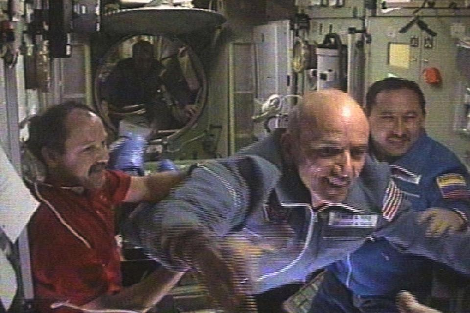 Dennis Tito flies into the International Space Station on April 30, 2001