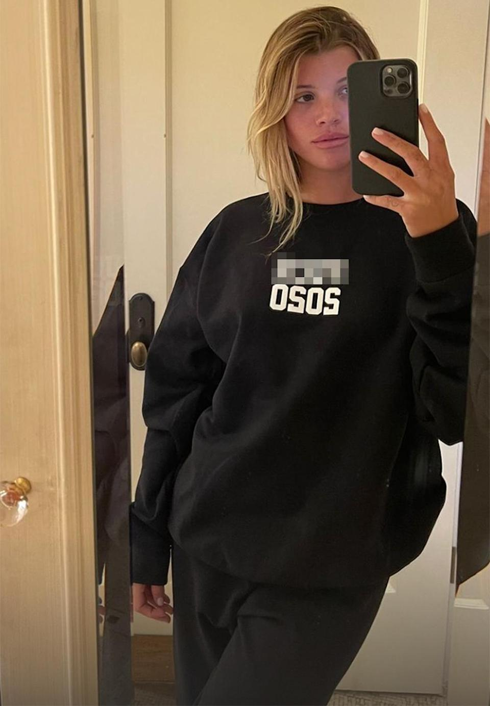 "<p>Sofia Richie chose a black sweatsuit with ""F--- 2020"" across the front for her New Year's Eve ensemble, sharing her look on her <a href=""https://www.instagram.com/sofiarichie/"" rel=""nofollow noopener"" target=""_blank"" data-ylk=""slk:Instagram Stories."" class=""link rapid-noclick-resp"">Instagram Stories.</a> </p>"