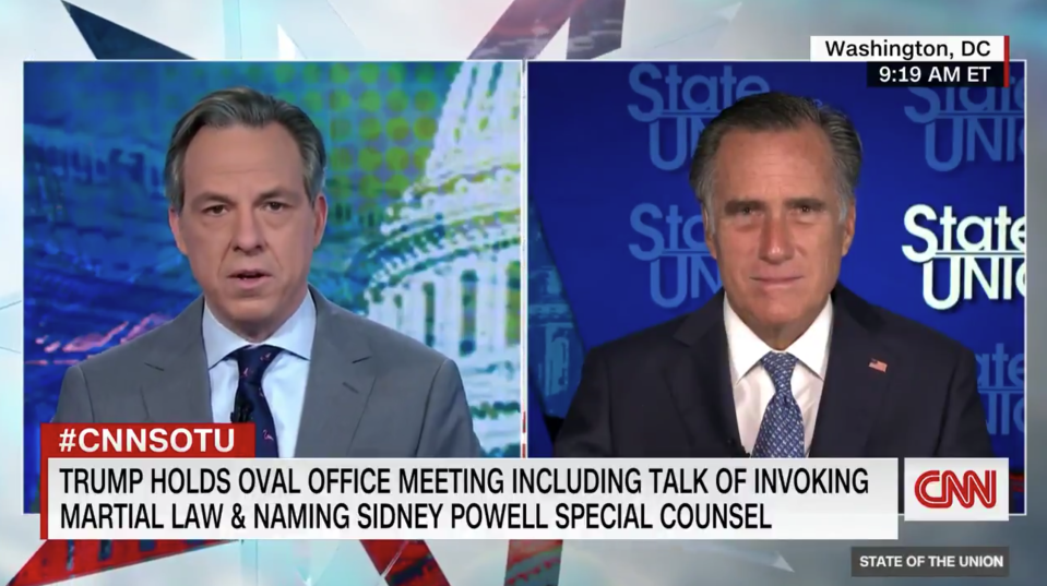 CNN anchor Jake Tapper and Utah Sen. Mitt Romney. (Screenshot: Twitter/@CNNPolitics)