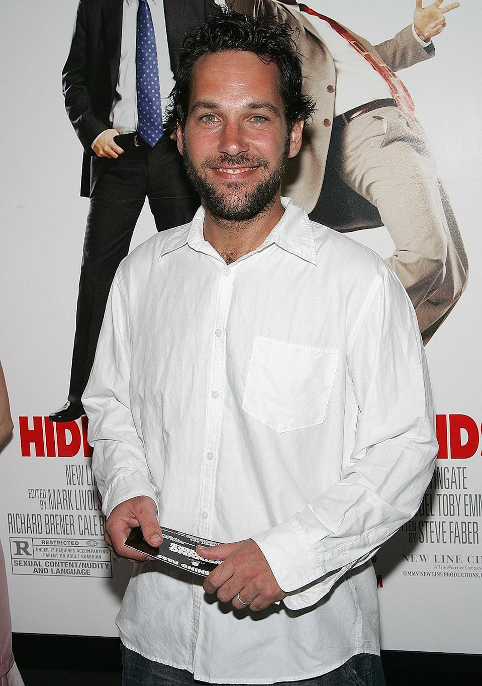 <p>In 2005, Rudd attended the premiere of <em>Wedding Crashers </em>sporting a beard. </p>