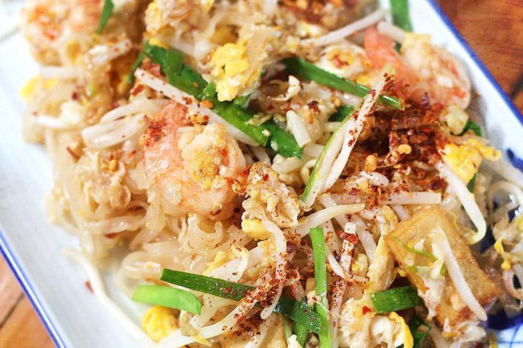 A good 'pad Thai' has plenty of 'wok hei' and all the ingredients are well combined.