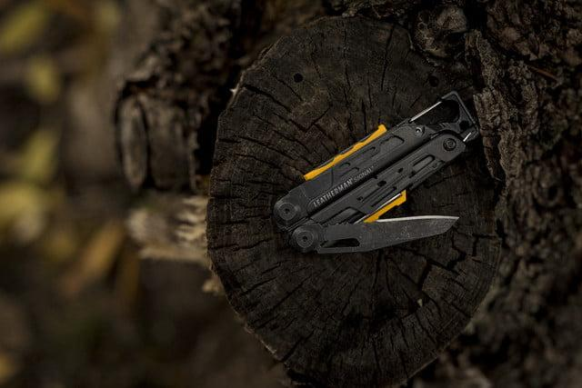 Leatherman all-black Signal