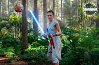 """Rey (<a href=""""https://ew.com/tag/daisy-ridley/"""" rel=""""nofollow noopener"""" target=""""_blank"""" data-ylk=""""slk:Daisy Ridley"""" class=""""link rapid-noclick-resp"""">Daisy Ridley</a>) faces off against a training remote."""