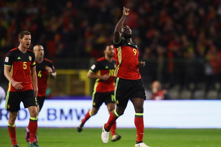 Chelsea target Romelu Lukaku rescues point for Belgium against nine-man Greece