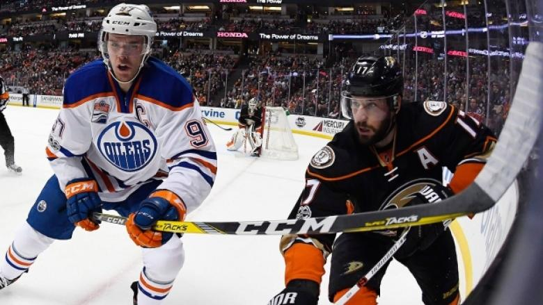 'Whining' and 'white gloves': Oilers, Ducks coaches trade shots before crucial Game 4