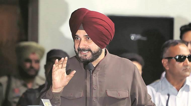 Navjot Singh Sidhu, Cong keeping close watch on Sidhu, Aam Aadmi Party, Delhi Chief Minister Arvind Kejriwal, punjab news, indian express