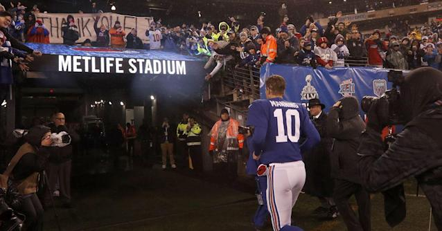 Giants quarterback who lost 20 of his last 24 games against the Eagles retires from the NFL