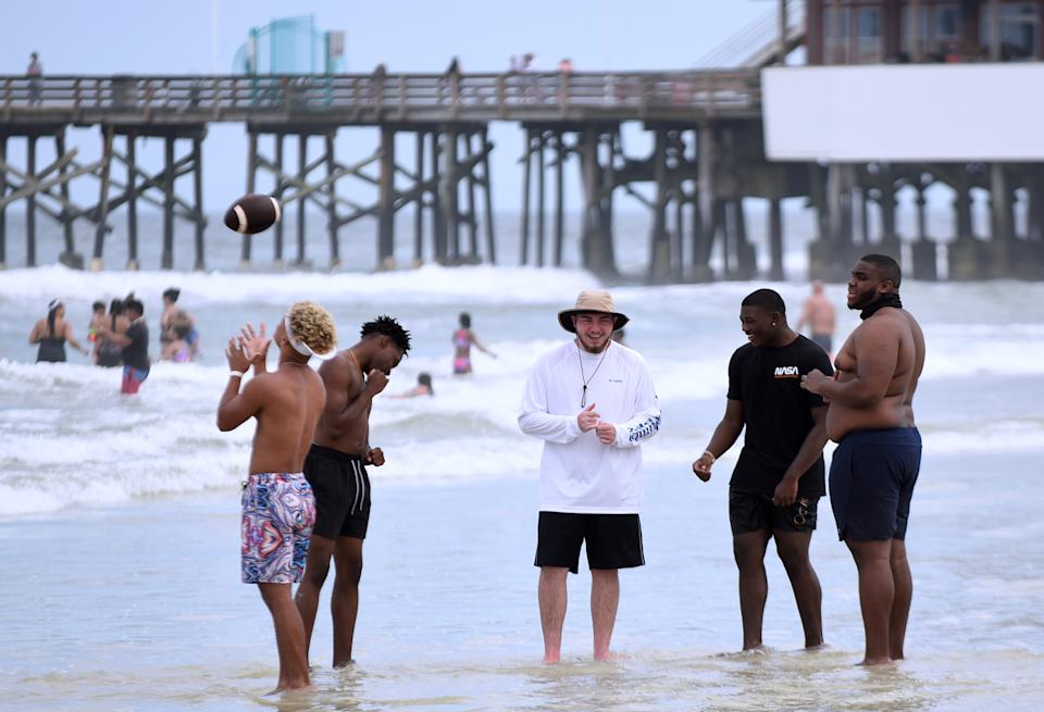 As college students arrive in Florida for the annual spring break ritual, authorities are concerned that large crowds could cause a spike in coronavirus cases. (Paul Hennessy/SOPA Images/LightRocket via Getty Images)