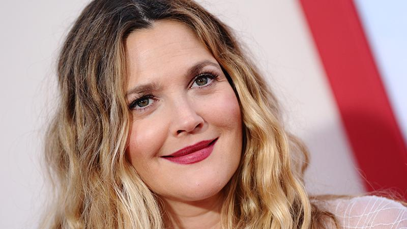 Drew Barrymore Looks Like a '70s Dream In This Chic Red Carpet Ensemble