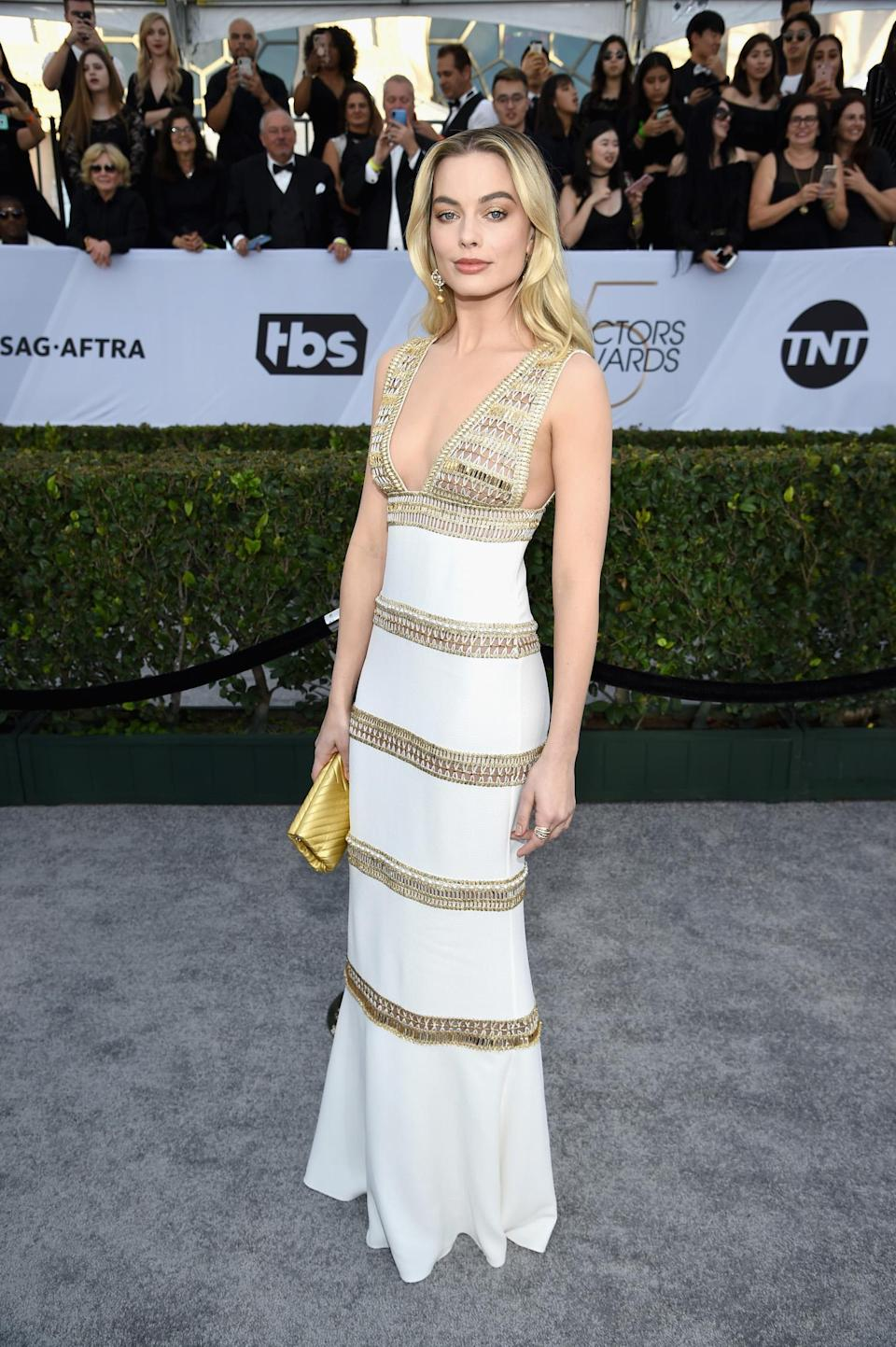 <p>Nominee Margot Robbie compelled in Chanel at the 2019 Screen Actors Guild Awards. (Photo: Getty Images) </p>