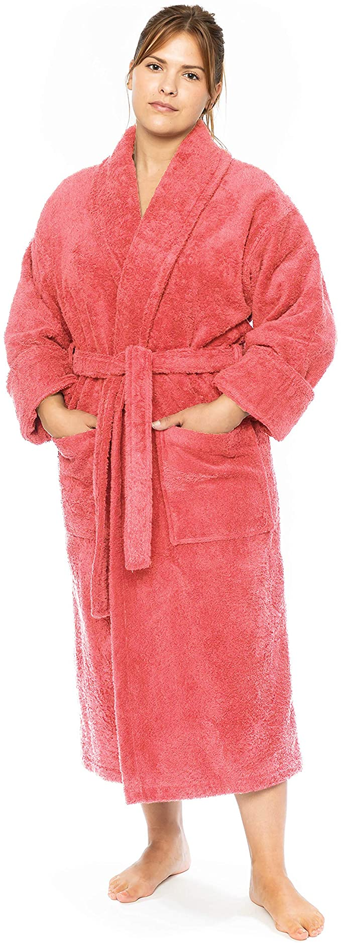 """<h3><h2>Luxury Premium 100% Turkish Cotton Hotel Bathrobe</h2></h3><br>Yes, you <em>can</em> get your hands on a luxe-looking and feeling Turkish-cotton resort-like robe for under $60 — and this top-rated Amazon-style comes in 10 hues.<br><br>One cozied-up customer praised: """"I LOVE this robe! This robe is just what I was looking for. It's super plush and feels great when you hop out of the shower. I have always wanted one of those luxury resort robes and now I finally have one!<br>I wasn't sure what to expect for the price. I've debated buying the robes they offer at those pricy hotels but they are SO EXPENSIVE! My old robe was on its last thread so I decided to look for one on Amazon. When I saw this one I thought it was worth a try and I'm glad I ordered it.""""<br><br><br><br><strong>Classic Turkish Towels</strong> Luxury Premium 100% Turkish Cotton Hotel Bathrobe, $, available at <a href=""""https://amzn.to/37pQ2SQ"""" rel=""""nofollow noopener"""" target=""""_blank"""" data-ylk=""""slk:Amazon"""" class=""""link rapid-noclick-resp"""">Amazon</a>"""