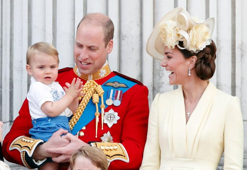 LONDON, UNITED KINGDOM - JUNE 08: (EMBARGOED FOR PUBLICATION IN UK NEWSPAPERS UNTIL 24 HOURS AFTER CREATE DATE AND TIME) Prince William, Duke of Cambridge, Catherine, Duchess of Cambridge and Prince Louis of Cambridge stand on the balcony of Buckingham Palace during Trooping The Colour, the Queen's annual birthday parade, on June 8, 2019 in London, England. The annual ceremony involving over 1400 guardsmen and cavalry, is believed to have first been performed during the reign of King Charles II. The parade marks the official birthday of the Sovereign, although the Queen's actual birthday is on April 21st. (Photo by Max Mumby/Indigo/Getty Images)