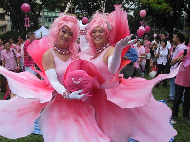 Ivan Heng and Glen Goei, donned in pink floral glory. (Yahoo! photo/Jeanette Tan)