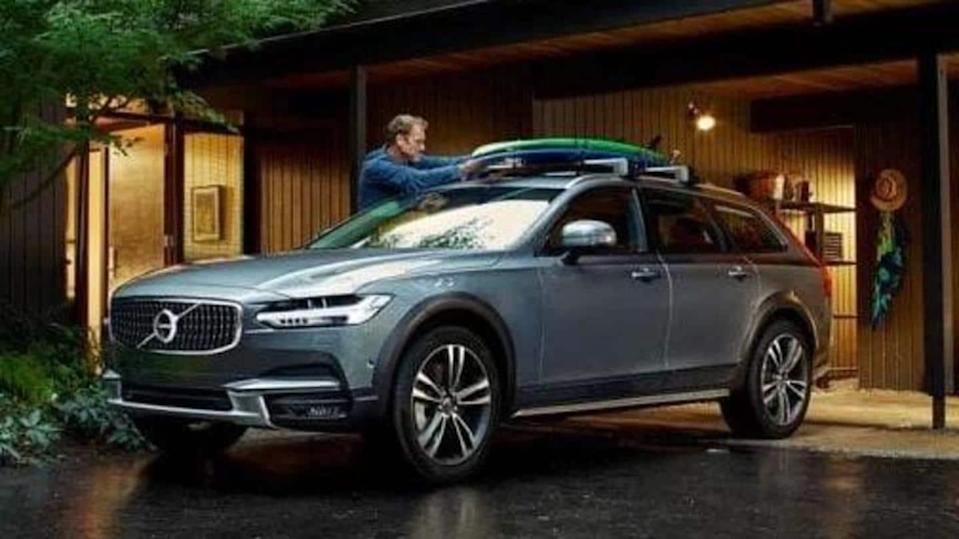 Volvo India removes V90 Cross Country from its official website