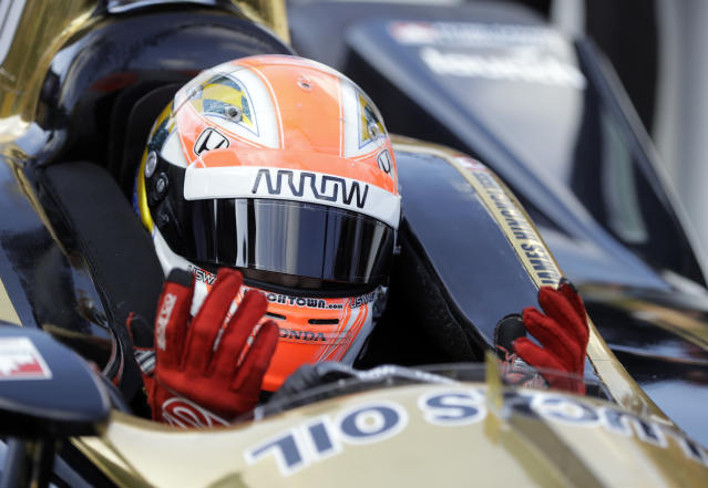 James Hinchcliffe, of Canada, reacts as time expiries during qualifications for the IndyCar Indianapolis 500 auto race at Indianapolis Motor Speedway in Indianapolis, Saturday, May 19, 2018. Hinchcliffe failed to qualify for the race. (AP Photo/Darron Cummings)