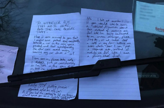 The driver responded after the first note was left on his windscreen (Reddit)