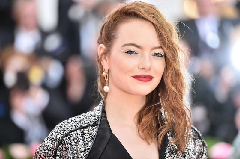 The First Look at Emma Stone as Cruella de Vil Is Here