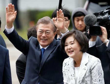 S. Korea's Moon sworn in, says willing to go to North
