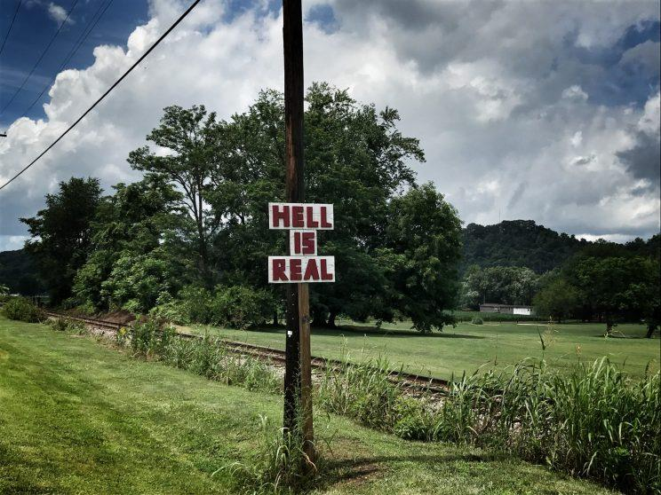 Roadside signage in Mason County, W.V. , a region that has been hard hit by the opioid epidemic (Photo: Holly Bailey/Yahoo News)