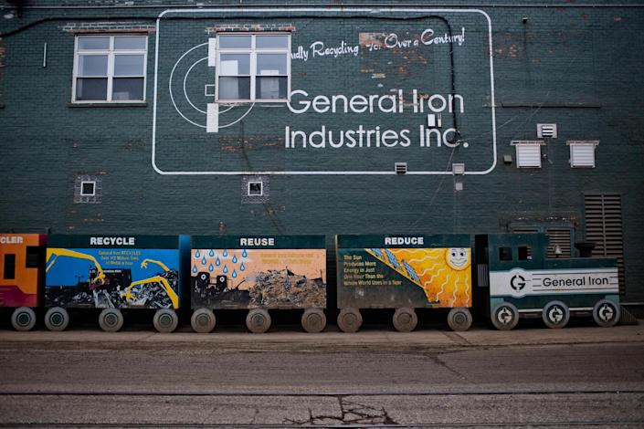 Image: General Iron Moves To the Southside of Chicago (Nima Taradji / for NBC News)