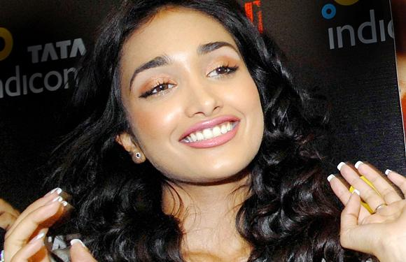 3. Jiah Khan, who was a British Indian, cut short her acting classes at the Lee Strasberg Theatre and Film Institute in New York immediately upon getting a movie offer.
