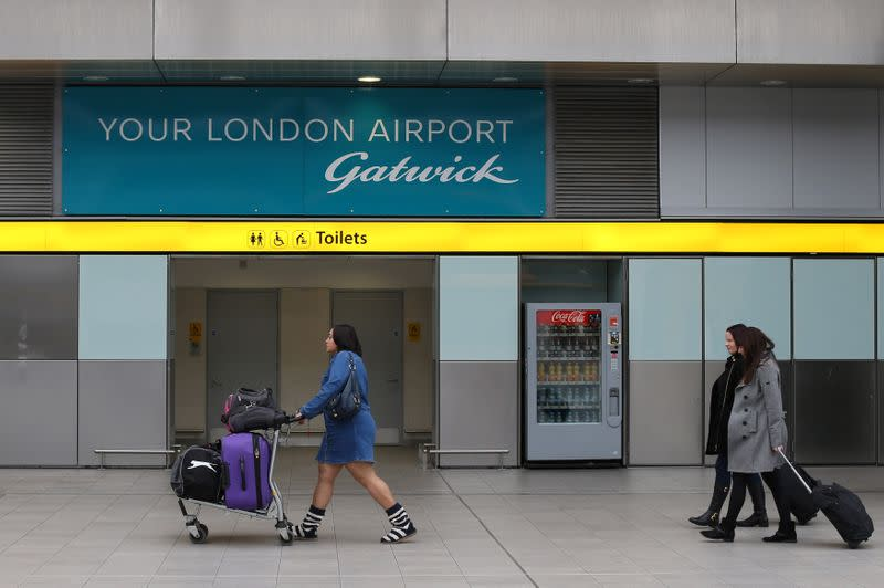 Gatwick Airport to cut up to 600 jobs amid travel slump