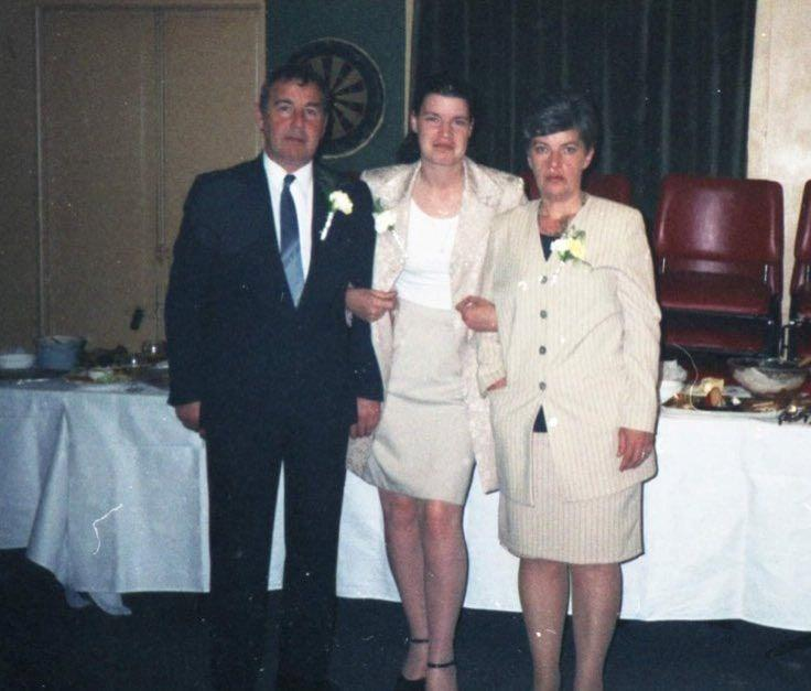 Fred, Lisa and their daughter Sandra at a wedding in 1998. (SWNS)