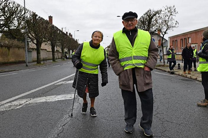 Retired protesters in Bourges, central France, on Saturday (AFP Photo/Thierry Zoccolan)