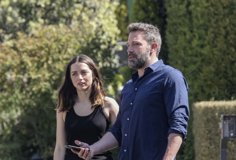 Ben Affleck and Ana de Armas walk their dogs on April 01, 2020 in Los Angeles, California. (Photo by BG020/Bauer-Griffin/GC Images)