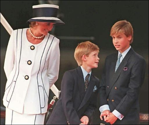 Diana, Harry und William im Jahr 1995