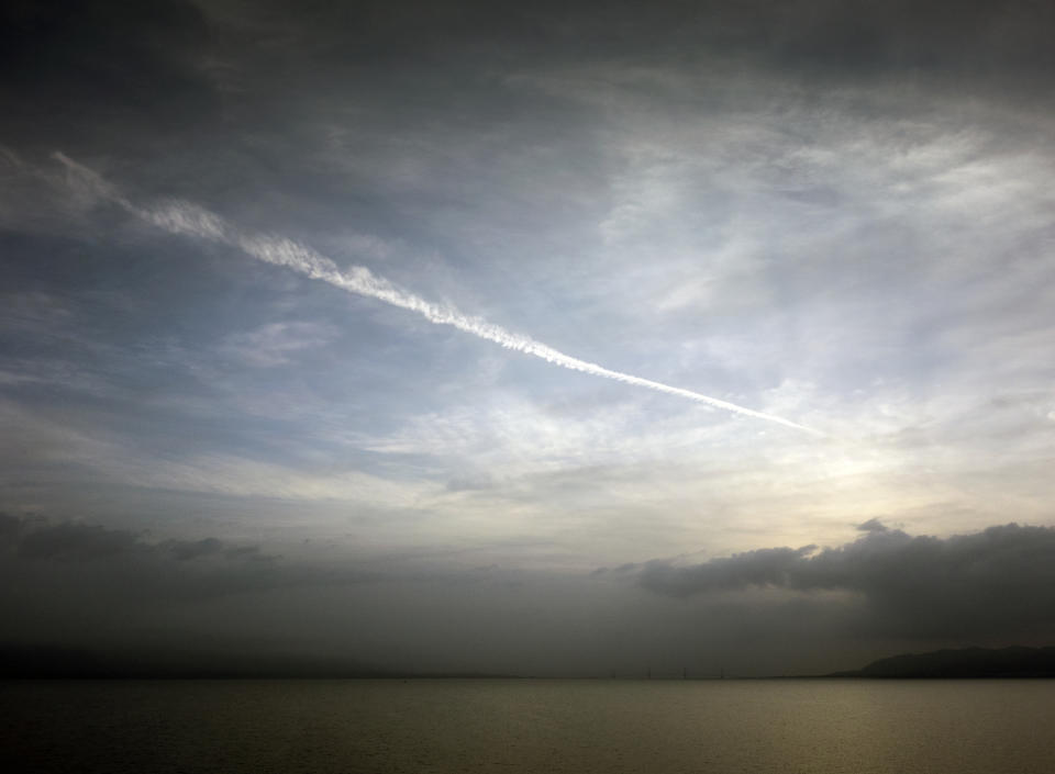 Chemtrails Or Skytrails (Depending On Your Point Of View And Knowledge) - Greece