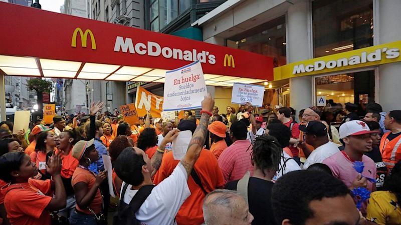 Fast Food Protesters Demand Higher Pay