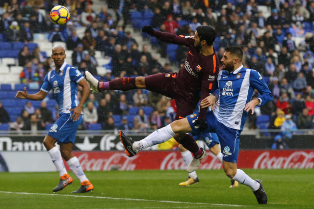 "The <a class=""link rapid-noclick-resp"" href=""/soccer/teams/barcelona/"" data-ylk=""slk:Barcelona"">Barcelona</a> Derby ended 1-1. (Getty)"