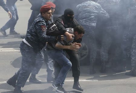 228 demonstrators detained in Yerevan