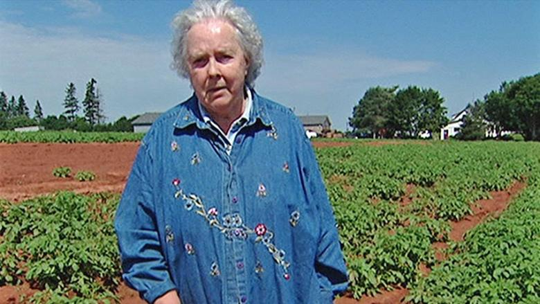 Betty Howatt, CBC's Willowshade Farm columnist, dies at 88