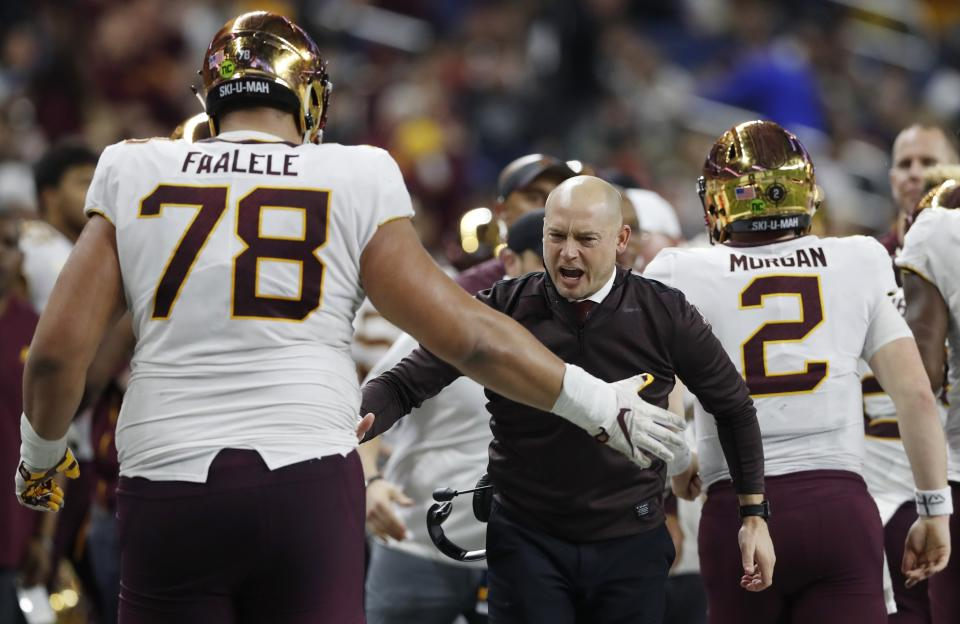 Minnesota offensive lineman Daniel Faalele (78) is one of the largest players in college football history. (AP Photo/Carlos Osorio)
