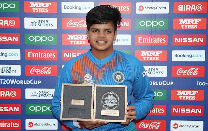 Shafali Verma of India poses with her Player of the Match award following the ICC Women's T20 Cricket World Cup match between India and New Zealand at Junction Oval on February 27, 2020 in Melbourne, Australia. (Photo by Graham Denholm-ICC/ICC via Getty Images)