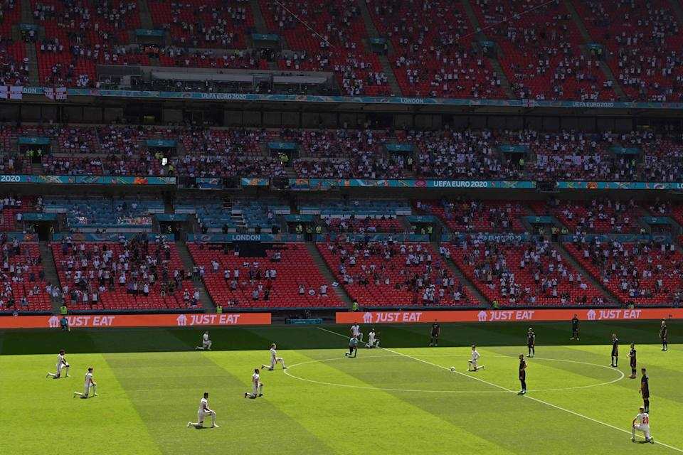 England take the knee at Wembley (Getty)