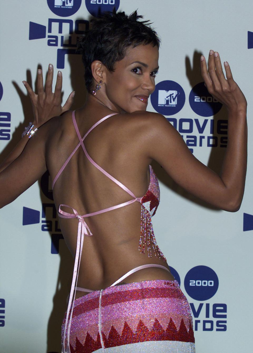 Halle Berry at the 2000 MTV Movie Awards. (Photo: Reuters)