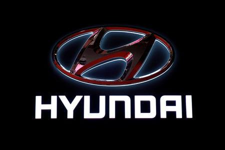 FILE PHOTO: The logo of Hyundai Motors is pictured at the second media day for the Shanghai auto show in Shanghai, China April 17, 2019.  REUTERS/Aly Song