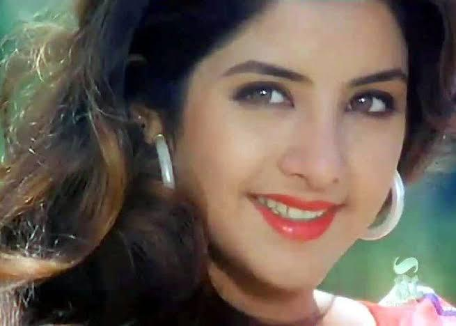 Her acting career had a quivering start but picked pace soon. She was discovered at the age of 14 by filmmaker Nandu Tolani who wanted to sign her for <em>Gunahon ke Devta, </em>but her role was cancelled from the movie. Later, impressed by a video, Govinda's elder brother Kirti Kumar roped her in for <em>Radha Ka Sangam, but </em>Divya lost the film for her childish ways and was replaced by Juhi Chawla.