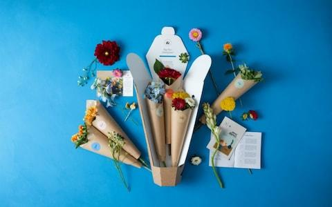 Posy & Posy flower delivery recipe box