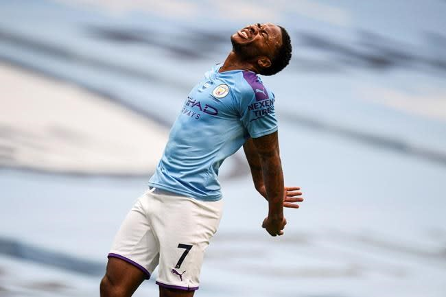 Liverpool loses, Man City out-shot on unusual night in EPL