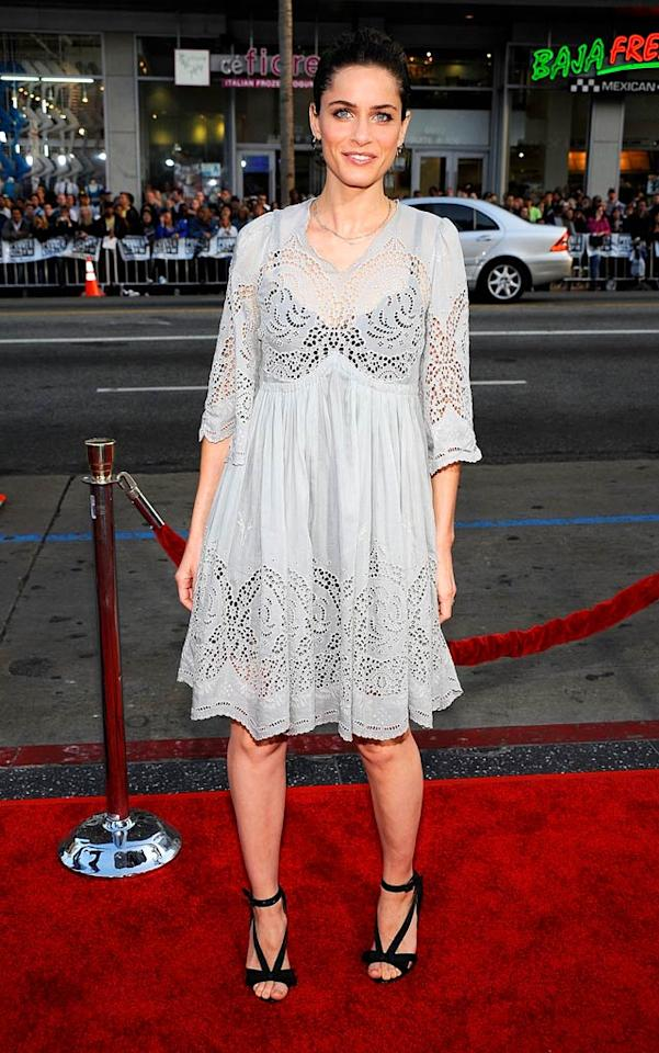 """The worst-dressed woman at the highly anticipated """"Wolverine"""" premiere? Amanda Peet, who decided that a gray doily might look lovely. Needless to say, she was wrong, very wrong. Frazer Harrison/<a href=""""http://www.gettyimages.com/"""" target=""""new"""">GettyImages.com</a> - April 28, 2009"""